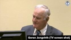Ratko Mladić na suđenju