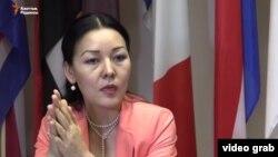 Дін мәселелері жөніндегі ғылыми-зерттеу және талдау орталығының директоры Айнұр Әбдірәсілқызы. Астана, 10 маусым 2016 жыл.