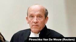 Будевейн ван Эйк, адвокат россиянина Олега Пулатова, которого вместе с тремя другими подозреваемыми заочно судят на процессе в Нидерландах по делу о сбивании малайзийского авиалайнера рейса МН17