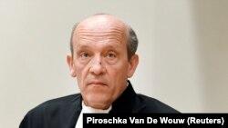 Будевейн ван Ейк, адвокат росіянина Олега Пулатова, якого разом з трьома іншими підозрюваними заочно судять на процесі в Нідерландах у справі про збиття малайзійського авіалайнера рейсу МН17