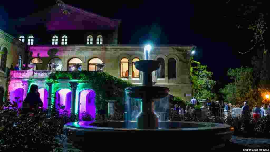 Фонтан уВізантійському дворику