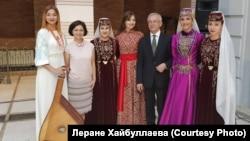 Украинские и крымскотатарские артисты с послом Украины в Грузии, 5 сентября 2017 год