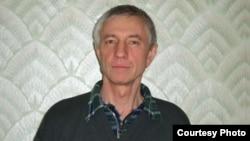 Александр Осадченко, гражданин Казахстана. Бишкек, Кыргызстан, 18 декабря 2012 года. Фотография Ксении Филимоновой.