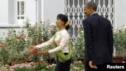 Aung San Suu Kyi takon presidentin Obama