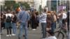Piața Victoriei, protest care contestă existența cazurilor de coronavirus. Se cere pedepsirea celor care au instituit starea de urgență