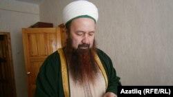 Имам Рөстәм Шәйхевәлиев