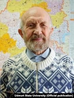 Альберт Разін