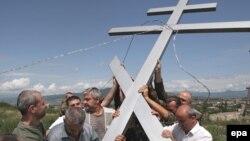 Южная Осетия неоднократно обращалась в Московскую патриархию с просьбой принять под свое духовное покровительство