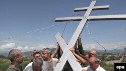 В память о погибших. Цхинвали, август 2009 г