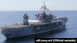 Флагманський корабель Шостого флоту США Mount Whitney названо на честь гори в штаті Каліфорнія