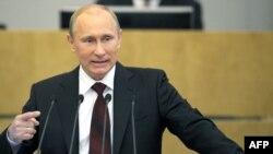 Владимир Путин выступает в Госдуме с отчетом о работе правительства, Москва, 11 апреля 2012