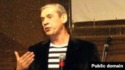 Ильяс Рафиков