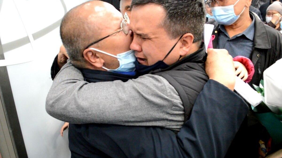 """A 17 évig tartó """"rövid látogatás"""": végre otthon a Hszincsiangból szabadult férfi"""