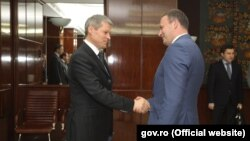 Premierul Dacian Ciolos și spicherul Andrian Candu, București, 13 iunie 2016