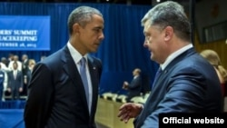 Барак Обама и Петр Порошенко в кулуарах Генеральной Ассамблеи ООН в Нью-Йорке 28 сентября 2015 года
