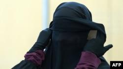 İŞİD-ə qoşulmuş qadın