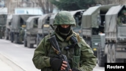 Rus hərbi kolonnası Krımın Balaklava rayonunda