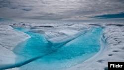 Следы таяния в Антарктике
