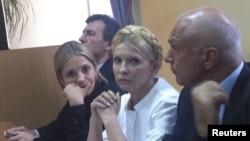 Юлия Тимошенко на одном из судебных заседаний