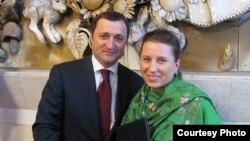 Tatiana Nogailîc şi Vlad Filat la Congresul diasporei