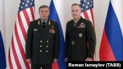 General Joseph Dunford (right) and General Valery Gerasimov in Baku in February 2017