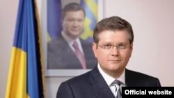 Кандидат на посаду міського голови Дніпропетровська Олександр Вілкул («Опозиційний блок») не мав опонента в ефірі місцевого телеканалу