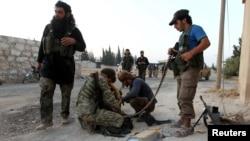 Ҳалабдаги мухолифатчилар, Сурия, 2016 йил 6 августи.