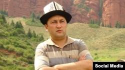 Зұлпықар Сапанов, қырғыз журналисі.