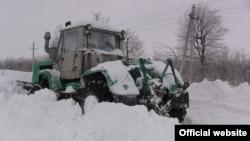 Снегоуборочный трактор. Иллюстративное фото.