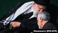 Верховный лидер Ирана аятолла Али Хаменеи и Касем Сулеймани.