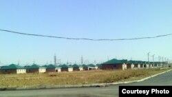 Өскемен түбіндегі оралмандардың Нұрлы көш ауылы. Қараша айы, 2011 жыл.