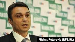 Zakulisne igre treba ostaviti u prošlosti: Sadik Ahmetović