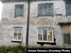 Аварийный дом на Пушкина, 34 в Тайшете
