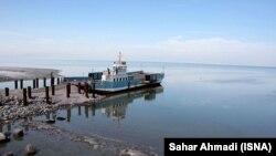 دریاچه ارومیه فروردین ۹۵