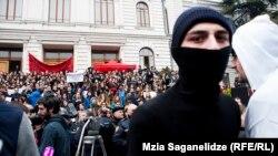 Студенческие волнения длятся уже больше недели. Это уже не первый случай, когда в Грузии определенные политические силы использовали студентов, чтобы добиться своих целей
