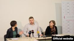 Наташа Бошковска, Игор Јадровски и Неда Чаловска.