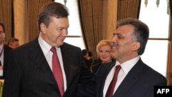 Президент України Віктор Янукович та Президент Туреччини Абдулла Гюль