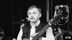 Карел Крил на одному з перших концертів після перемоги «Оксамитової революції», Прага, 1989 рік