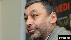 «Ազատ դեմոկրատներ» կուսակցության անդամ Ալեքսանդր Արզումանյան