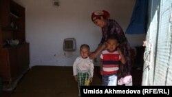 Семья этнических казахов в Узбекистане