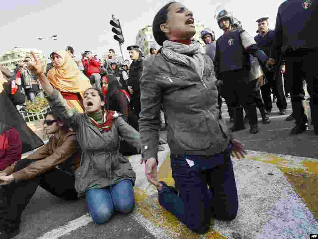 Demonstrators protest in Cairo on January 25 to demand the ouster of President Hosni Mubarak.