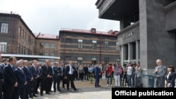 Armenia - Taiwan's D-Link Corporation inaugurates a research and development center in Gyumri in the presence of President Serzh Sarkisian, 25May2015.