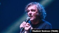 Эмир Кустурица на концерте в Ялте, 23 июля 2017 года