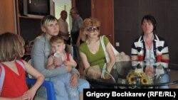 Украинские беженцы в Ростове-на-Дону. 9 июня 2014 года.