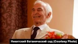 Российский актер Василий Лановой