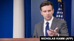 جاش ارنست، سخنگوی کاخ سفید آمریکا