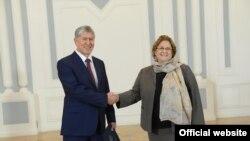 Посол США в Кыргызстане Шейла Гуолтни.