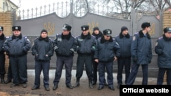 A police line outside the Kharkiv labor camp where Yulia Tymoshenko is being held in a January 6 photo.