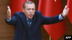 Թուրքիայի նախագահ Ռեջեփ Էրդողանը ելույթ է ունենում նահանգապետերի հետ հանդիպմանը, Անկարա, 29-ը սեպտեմբերի, 2016թ․
