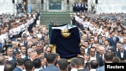 Похороны президента Узбекистана Ислама Каримова. Самарканд, 3 сентября 2016 года.